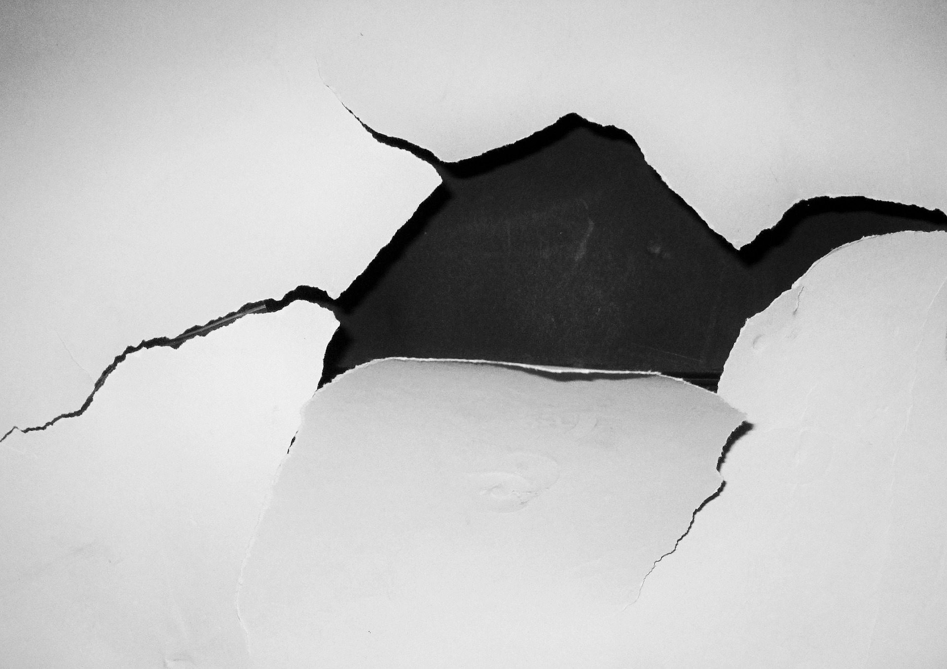 The Fastest Ways to Damage Your Indoor Walls & How to Avoid Them